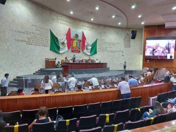Nombra Congreso a integrantes de diputación permanente