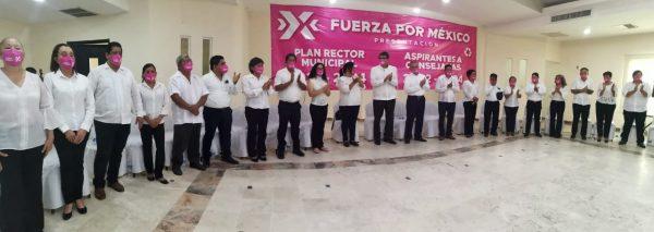 Presenta Horacio Orozco Ortiz, aspirante a la presidencia de Tuxtepec  su planilla