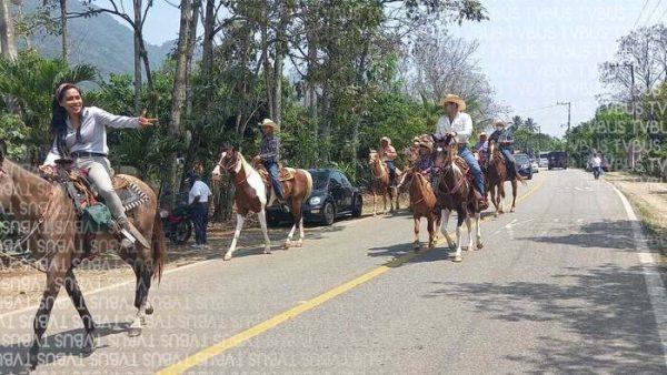 Piden jinetes de la región, no dejar morir las cabalgatas en fiestas patronales
