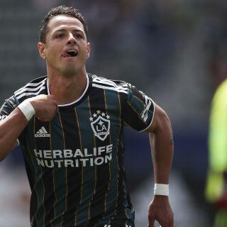 """La Selección Mexicana ignora triplete de """"Chicharito"""" Hernández"""