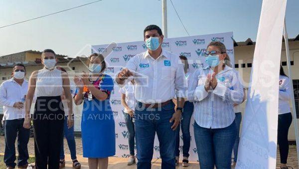 Pepe Villamil marca 6 ejes para su campaña a la diputación de Tuxtepec