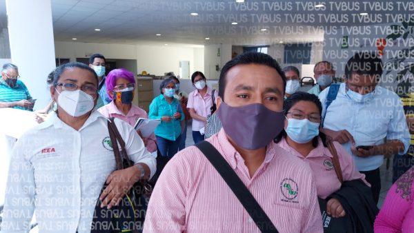 Trabajadores del IEEA exigen pago de salarios, les adeudan un mes de sueldo
