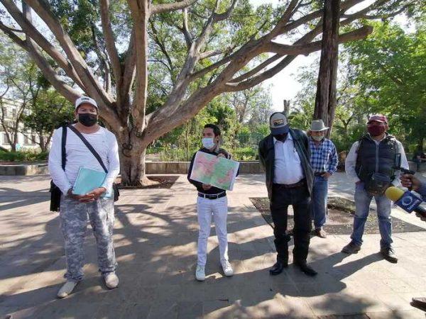 Habitantes de San Lorenzo Albarradas, denuncian perforación de pozos y tala clandestina en Hierve el Agua