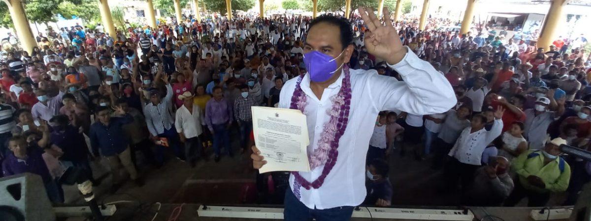 Dedica el médico del pueblo Gadiel Rodríguez triunfo al pueblo de Jacatepec