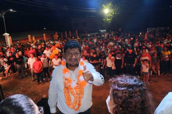 Noé Ramírez Chávez ya se ganó el voto y confianza de  Tuxtepec