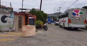 Vecinos de Volcanes bloquean para pedir reorientación de ruta de transporte urbano
