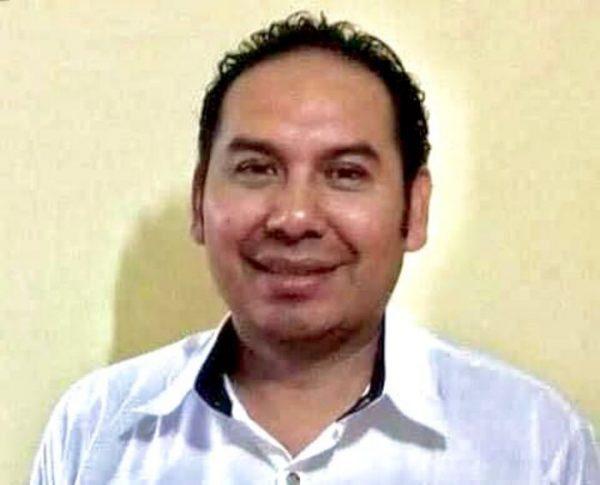 Acusan al Dr. Gadiel candidato del PES en Jacatepec de retención de personas