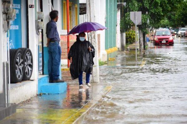 En época de lluvias, pide PC de Tuxtepec evitar la acumulación de basura cerca  de drenajes y alcantarillas