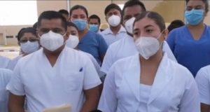 Cierran hospital Covid de Juchitán, trabajadores piden seguir laborando