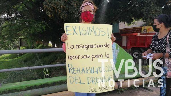 Habitantes de Santa Lucía del Camino bloquean calles de la Gómez Sandoval