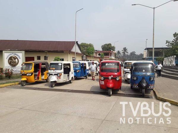 En Arroyo Choapam Mototaxis incrementan la tarifa sin aprobación de la SEMOVI