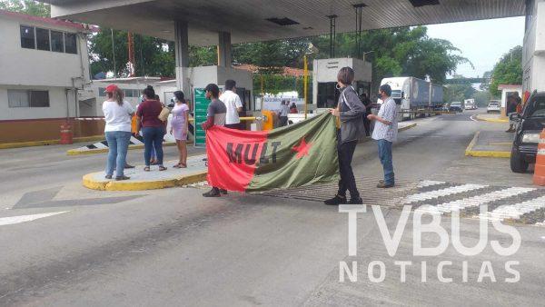 MULT se moviliza en todo el estado, instalan bloqueos en principales carreteras de Oaxaca