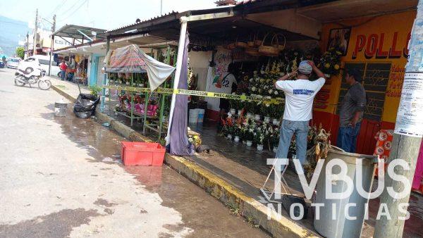 Reportan el 100% de pérdidas en el negocio de flores que se incendió en Valle Nacional