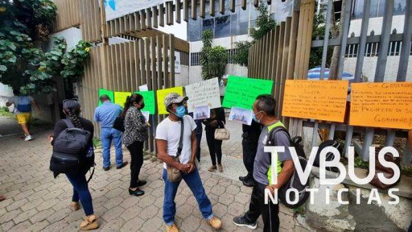 Sindicalizados del CEA denuncian robo de documentos, Junta Local sin resolver el problema