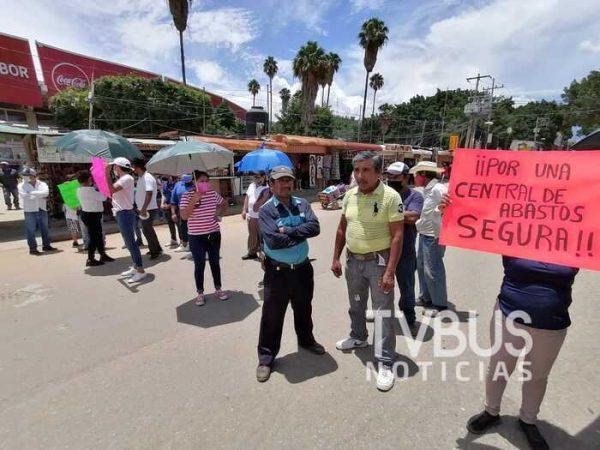Comerciantes de la central de abasto, exigen seguridad a gobierno de Oswaldo García Jarquín