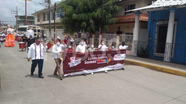 Sí, al juicio de ex presidentes, grita MORENA en marcha en Tuxtepec