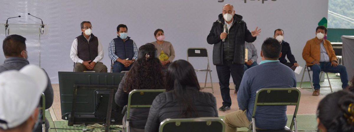 Beneficia IEEPO con mobiliario y equipo a escuelas de la Cañada