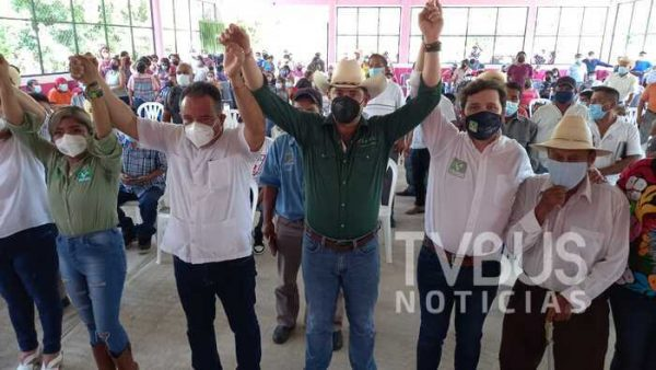 Respalda Bolaños Cacho y Pepe Stefan, proyecto de Marcelo Santos en Valle Nacional