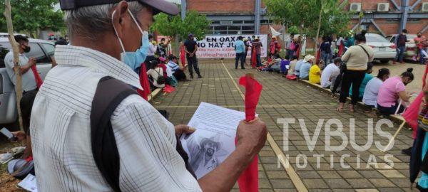 """FPR """"toman"""" el Centro de Justicia en Tuxtepec para exigir justicia por líder asesinado"""