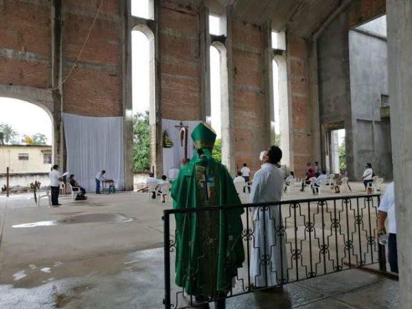Iglesias y templos de Tuxtepec, cumplen con medidas de sanidad