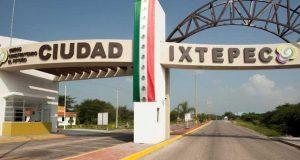 Tras cateo en Ciudad Ixtepec, Fiscalía General asegura droga, municiones y detiene a tres personas