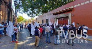 Organizaciones se manifiestan en Oaxaca, denuncian incumplimiento del Gobierno de Murat