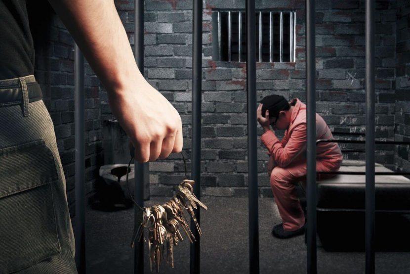 En prisión y vinculados a proceso, dos hermanos que probablemente cometieron el delito de feminicidio en Huautla de Jiménez