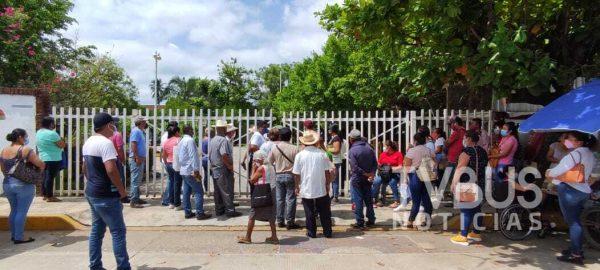 Se agotaron las vacunas antes de lo previsto en Tuxtepec aplicadas por SEDENA
