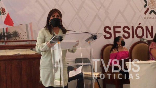 Exhortan a SINFRA, SAPAO y edil de Oaxaca, reparar baches en vialidades de la capital