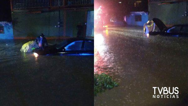 Lluvia provoca afectaciones en fraccionamiento de Tlacolula
