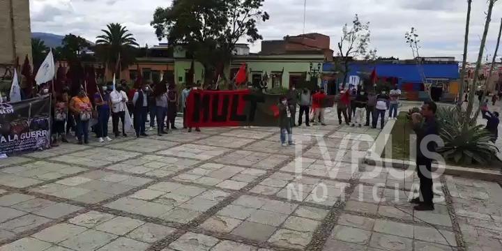 Se manifiestan en Oaxaca,  contra el gobierno de Rutilio Escandón en Chiapas