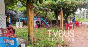 Habitantes del Pedregal en Tuxtepec, exigen rehabilitación de drenaje; toman pozo y dejan sin agua a 10 colonias
