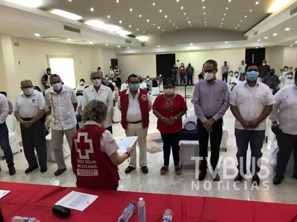 Toma protesta el Consejo Directivo de la Cruz Roja en Tuxtepec